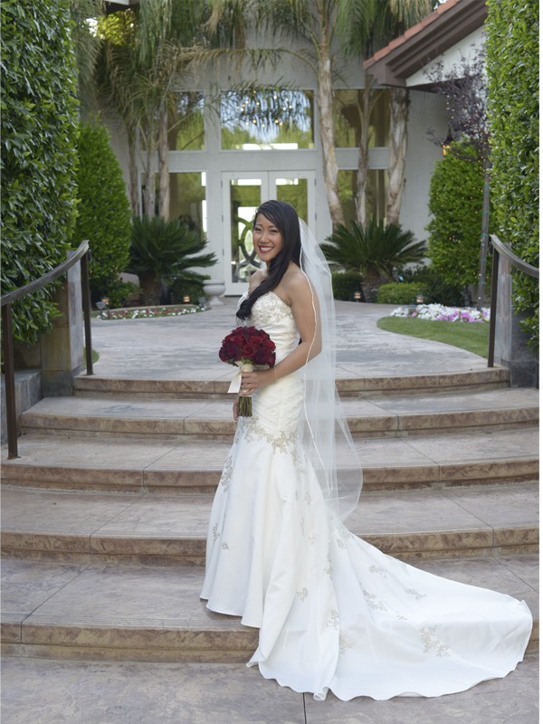 Bride and groom services in las vegas sunset gardens for 702 weddings terrace